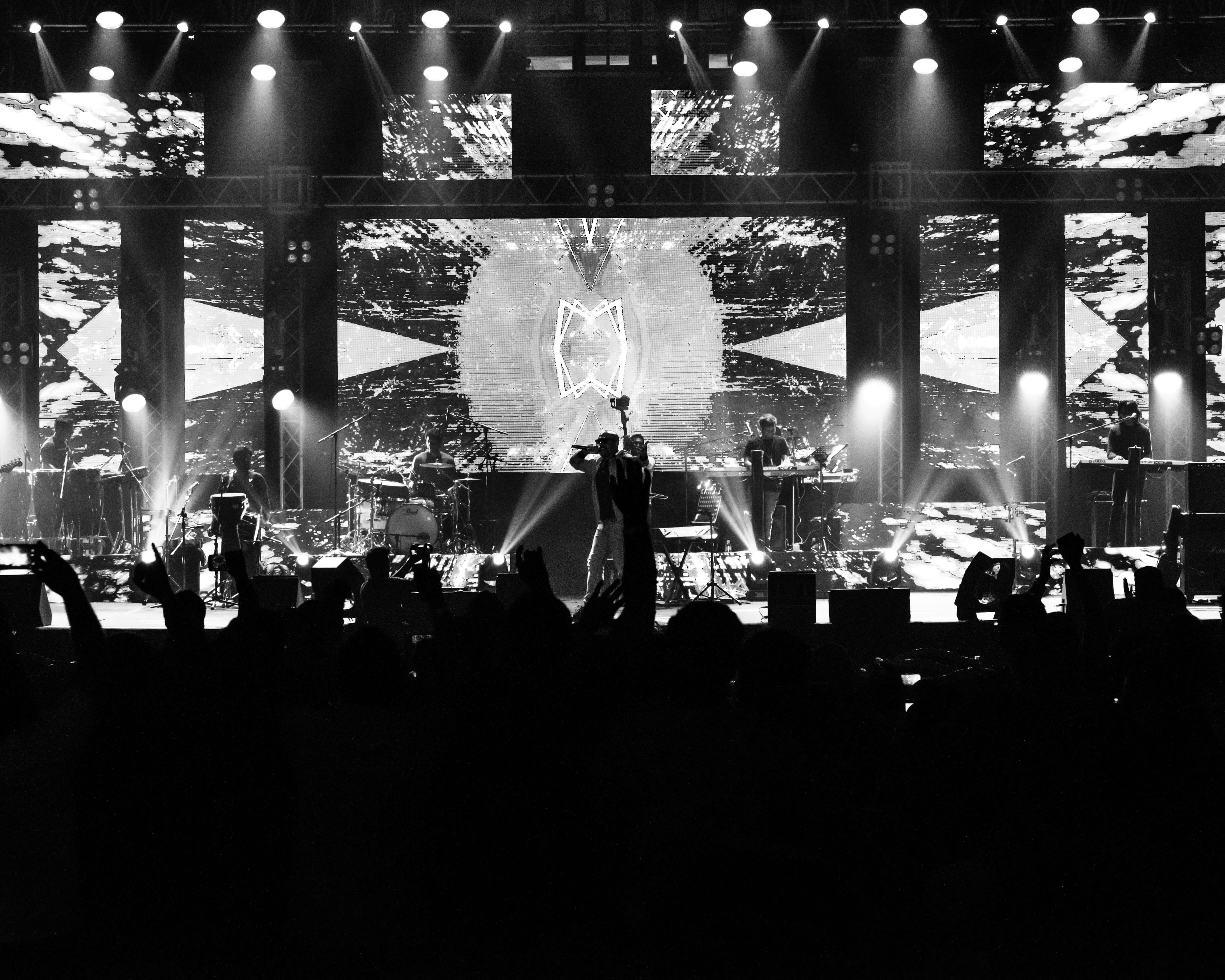 Photo of BOLLYWOOD'S SULTANS OF SWAG VISHAL & SHEKHAR MAKE HISTORY IN QATAR FEATURING FAHAD AL KUBAISI