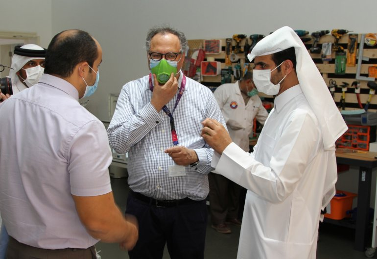 Photo of Qatar Scientific Club Increases Medical Equipment Production To Combat Coronavirus