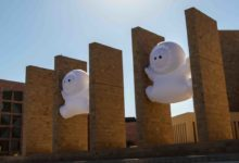 Photo of Qatar Foundation Hosts Light Show With Famous Inflatable Characters – The Anooki.