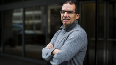Photo of Moderna CEO: Vaccine Production Surplus In The Future